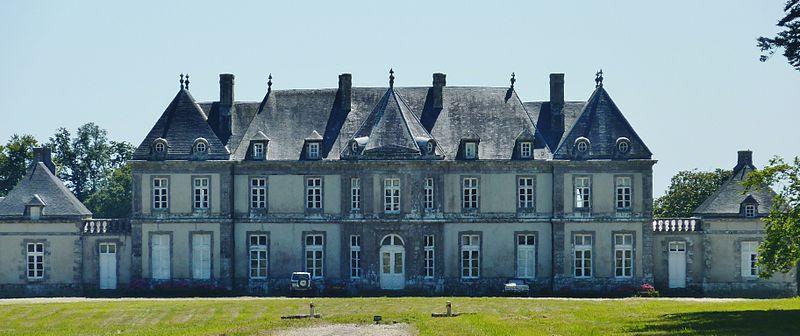 Photo du Monument Historique Château de Cheffontaines situé à Clohars-Fouesnant