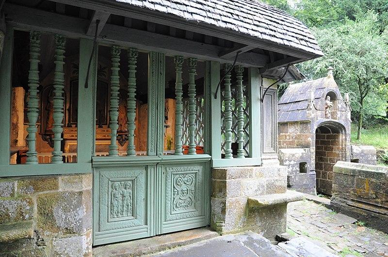 Photo du Monument Historique Chapelle et fontaine Notre-Dame des Fontaines situé à Daoulas