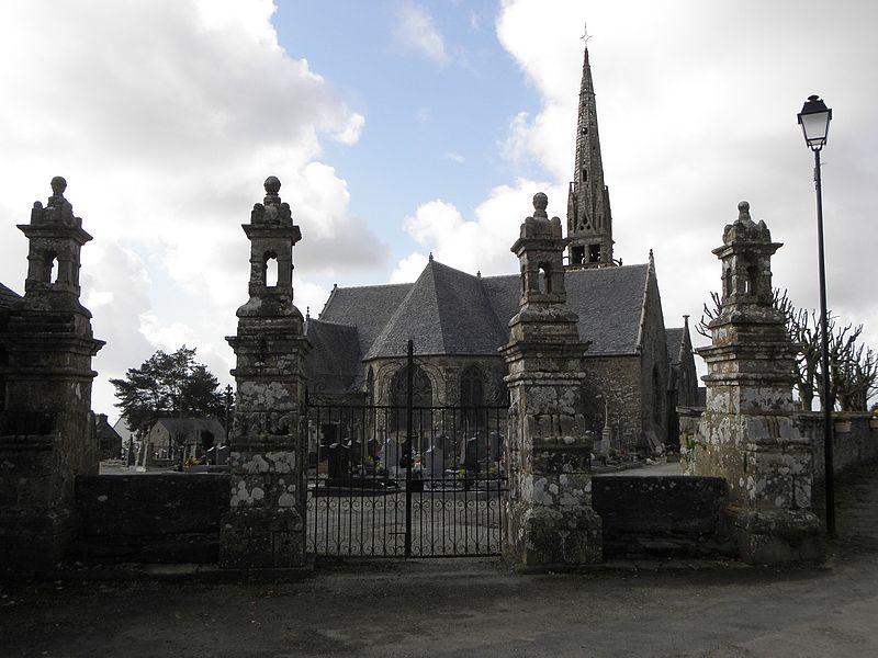 Photo du Monument Historique Eglise Sainte-Nonne et Saint-Divy situé à Dirinon