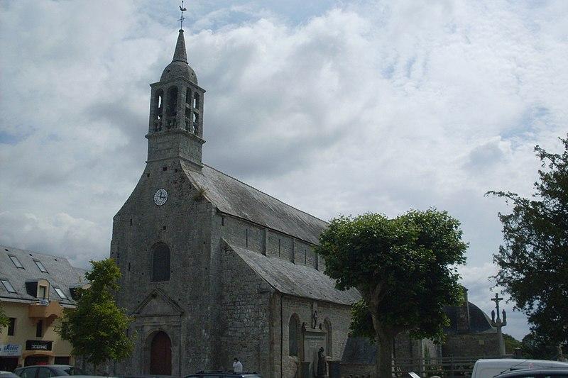 Photo du Monument Historique Eglise Saint-Pierre situé à Fouesnant