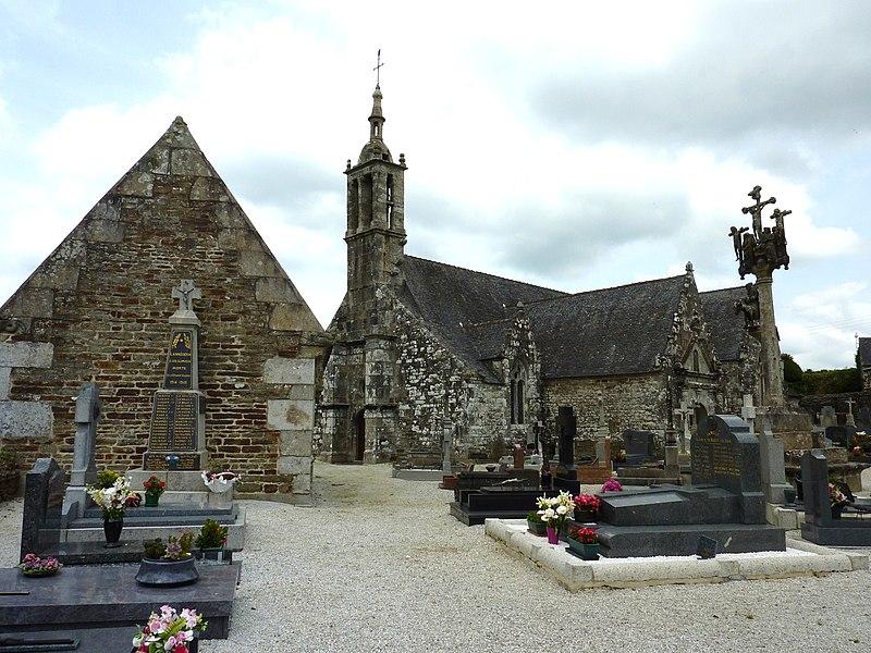 Photo du Monument Historique Eglise Saint-Edern situé à Lannédern