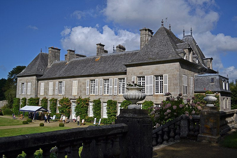 Photo du Monument Historique Château de Lesquiffiou situé à Pleyber-Christ