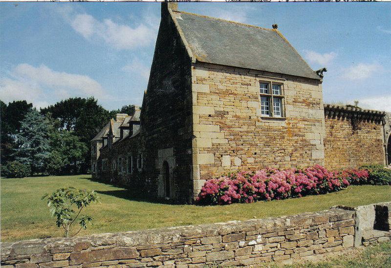 Photo du Monument Historique Manoir de Trévilit situé à Plonéour-Lanvern