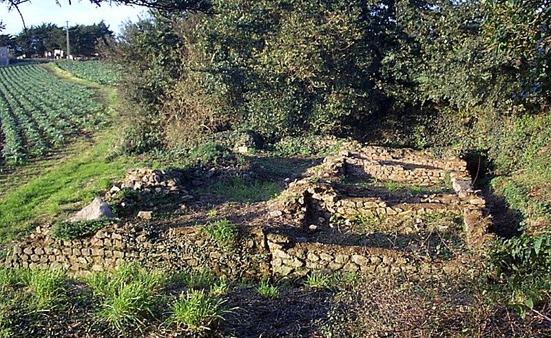 Photo du Monument Historique Substructions gallo-romaines de Gorré-Bloué Izella situé à Plouescat