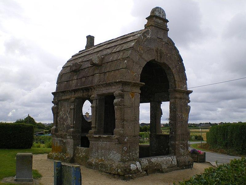 Photo du Monument Historique Oratoire situé à Plougasnou
