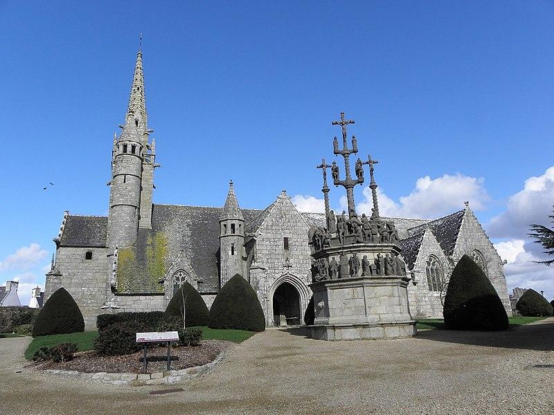 Photo du Monument Historique Eglise Saint-Yves situé à Plougonven
