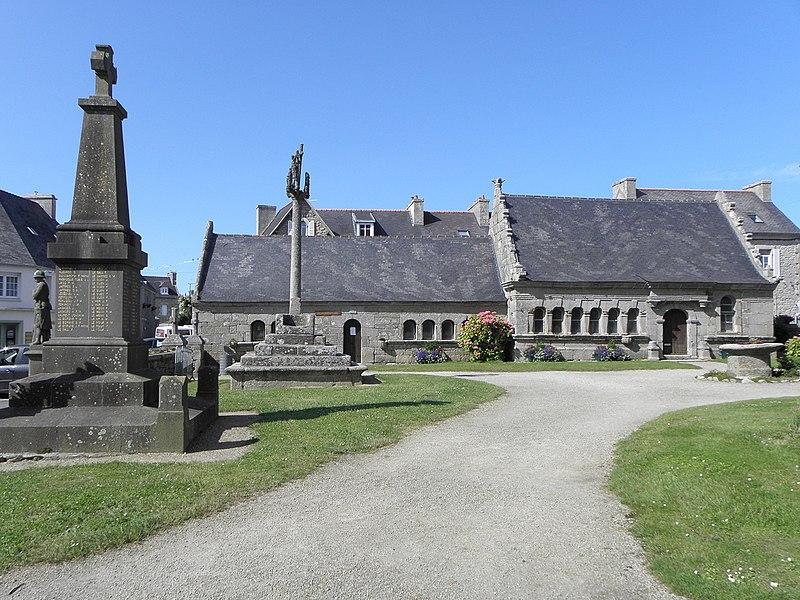 Photo du Monument Historique Eglise Saint-Pierre situé à Plounéour-Trez