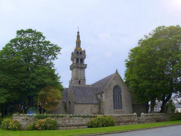 Photo du Monument Historique Chapelle Notre-Dame-de-Berven et abords situé à Plouzévédé