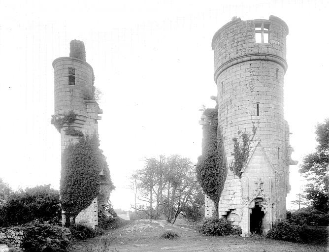 Photo du Monument Historique Château de Rustéphan situé à Pont-Aven