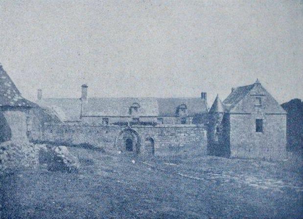 Photo du Monument Historique Manoir de Lézurec situé à Primelin
