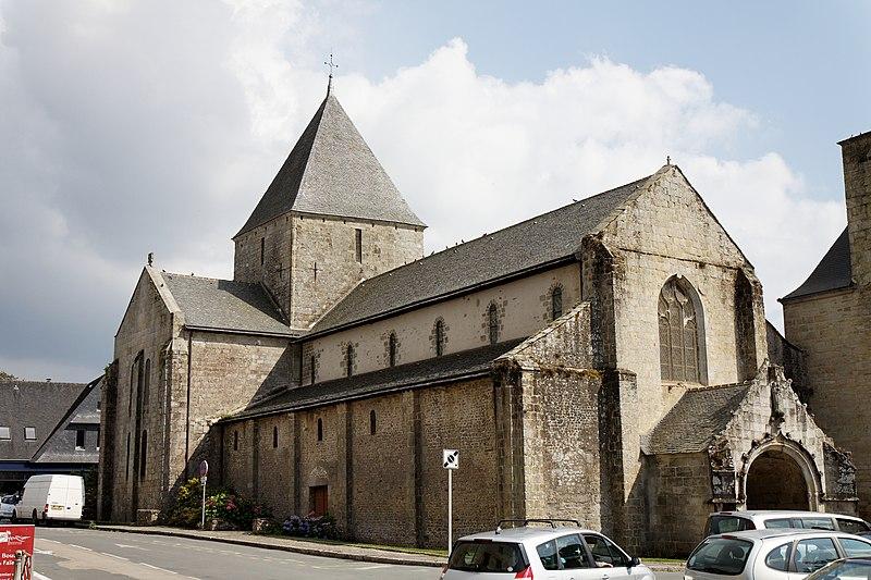 Photo du Monument Historique Ancien prieuré de Locmaria, ancienne caserne Emeriau situé à Quimper