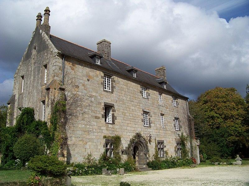 Photo du Monument Historique Manoir de Lossulien situé à Le Relecq-Kerhuon