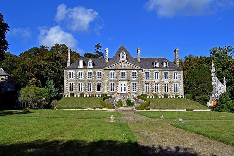 Photo du Monument Historique Château de Keranroux, à Ploujean situé à Morlaix