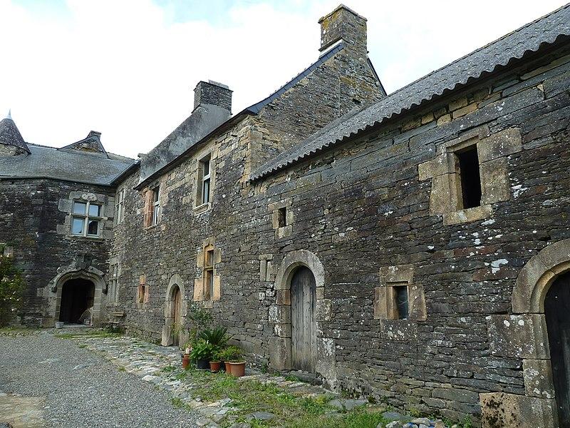 Photo du Monument Historique Manoir de Kermadec situé à Pencran