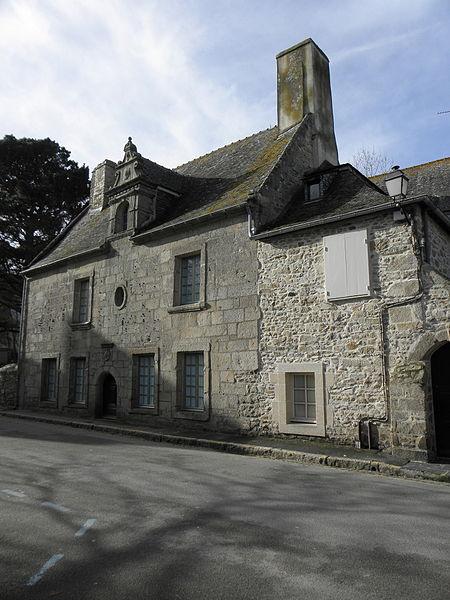 Photo du Monument Historique Maisons situé à Roscoff