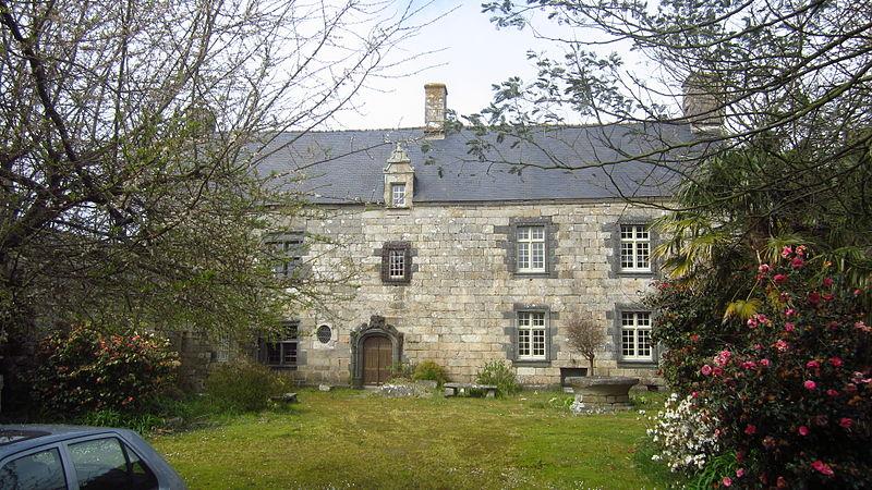 Photo du Monument Historique Manoir de Kerscao situé à Locmaria-Plouzané