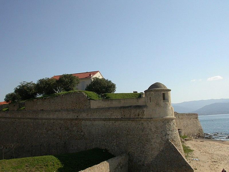 Photo du Monument Historique Citadelle situé à Ajaccio