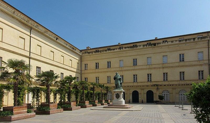 Photo du Monument Historique Palais Fesch situé à Ajaccio