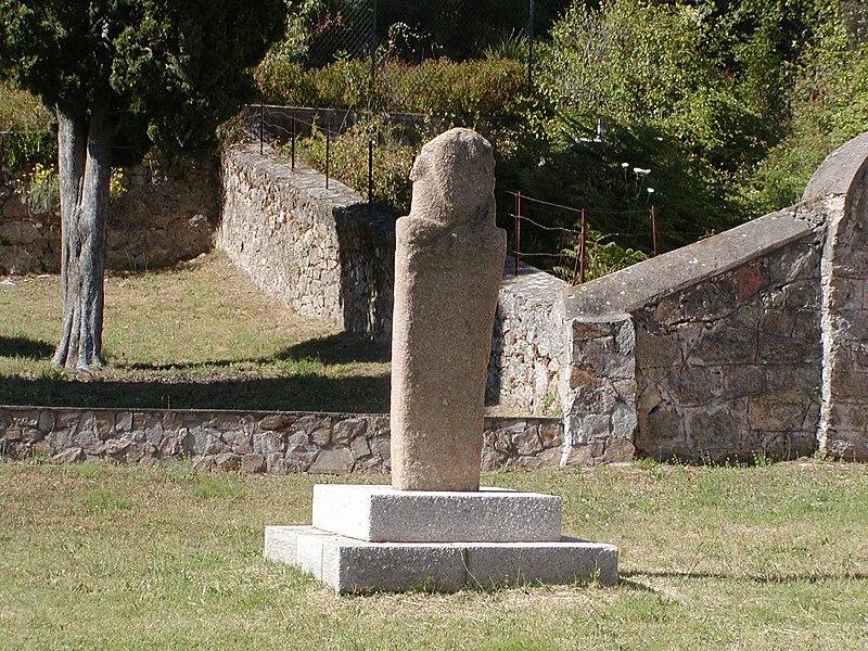 Photo du Monument Historique Figure antique d'Appriciani (rocher sculpté en forme de tête humaine) situé à Vico
