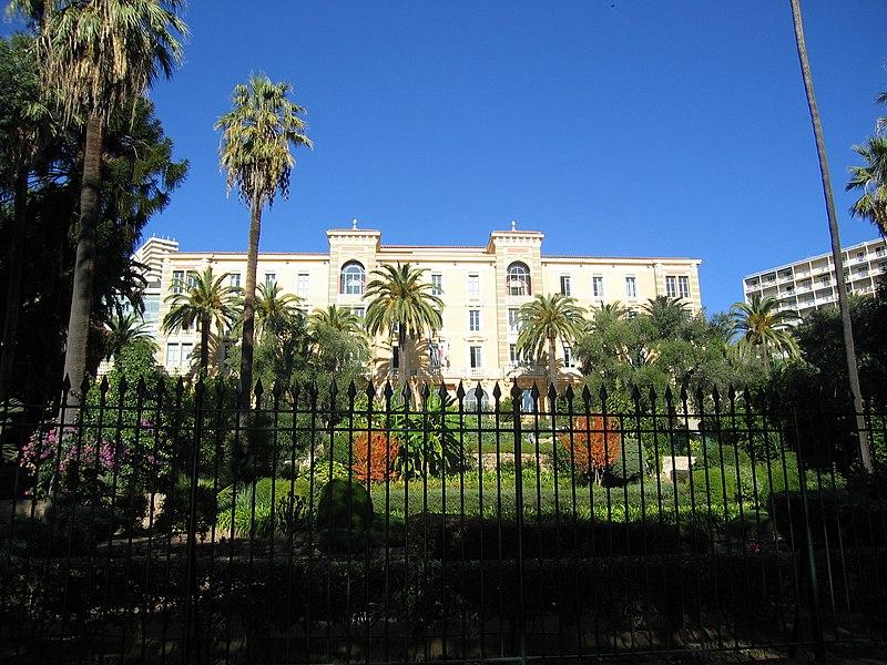 Photo du Monument Historique Grand Hôtel situé à Ajaccio