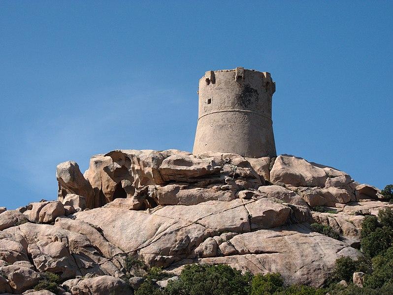 Photo du Monument Historique Tour de Senetosa situé à Sartène