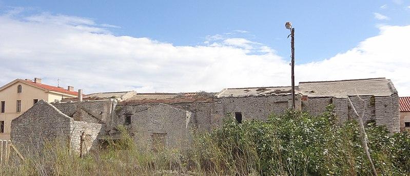 Photo du Monument Historique Ancienne église Sainte-Marie-Madeleine ou Santa Maddalena situé à Bonifacio
