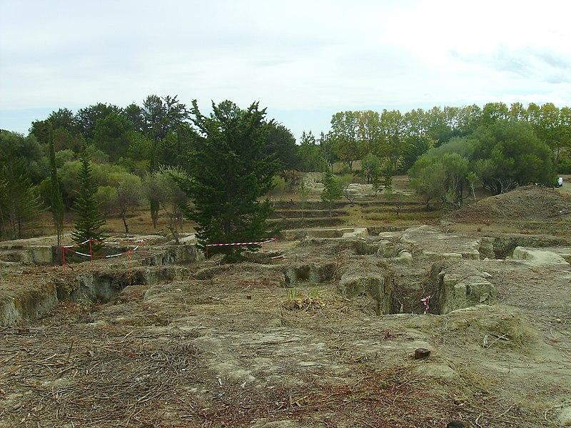 Photo du Monument Historique Vestiges de la nécropole préromaine et villa romaine situé à Aléria
