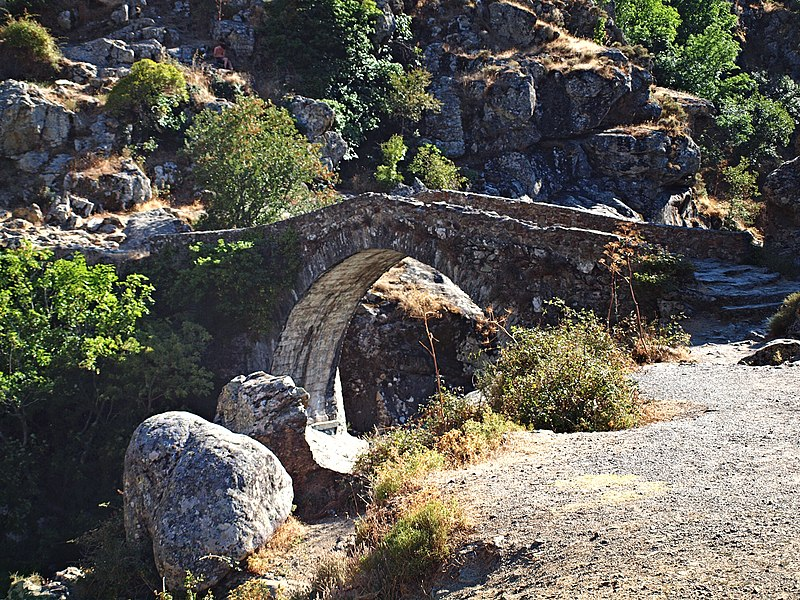 Photo du Monument Historique Pont génois situé à Asco