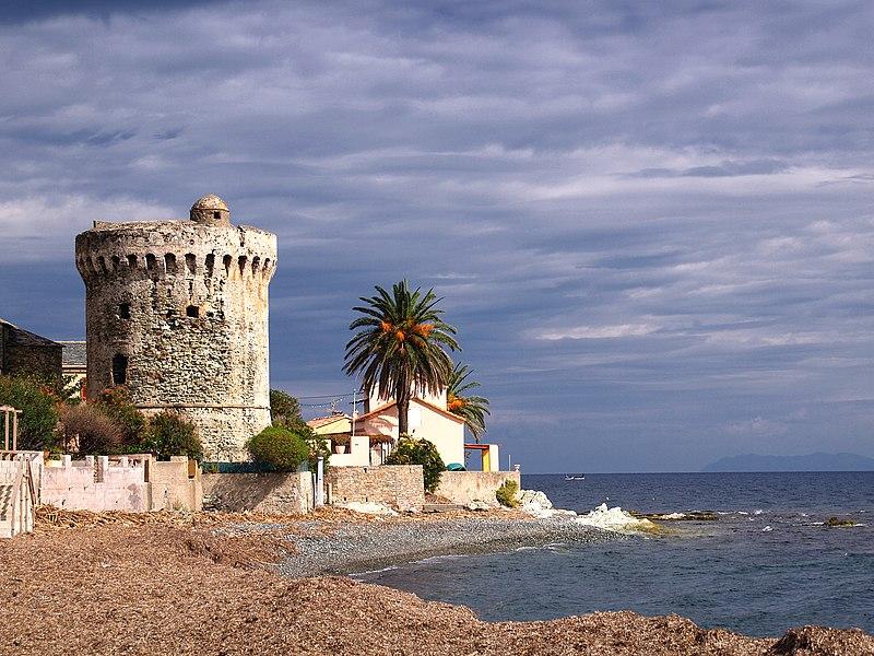 Photo du Monument Historique Tour de Miomo situé à Santa-Maria-di-Lota