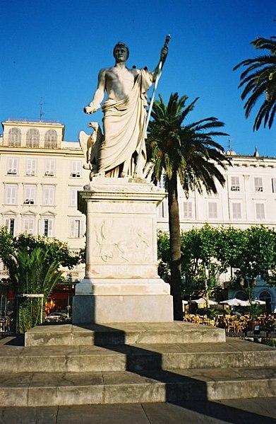 Photo du Monument Historique Monument commémoratif de Napoléon Ier situé à Bastia