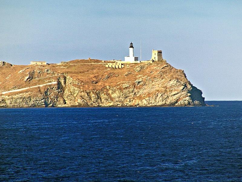 Photo du Monument Historique Tour de la Giraglia, sur l'île de la Giraglia situé à Ersa