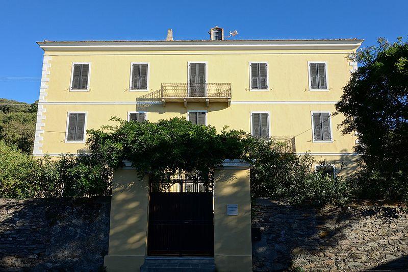 Photo du Monument Historique Palazzu de Francesco Semidei dénommé Château Saint-Roch situé à Centuri