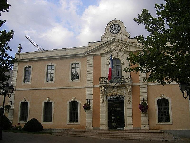 Photo du Monument Historique Hôtel de ville situé à Alès