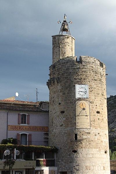 Photo du Monument Historique Tour de l'Horloge (reste des anciens remparts) situé à Anduze