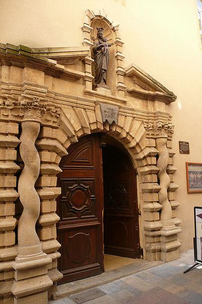 Photo du Monument Historique Ancien monastère des Bernardines de Valsaune, puis des Dames de Saint-Maur situé à Bagnols-sur-Cèze