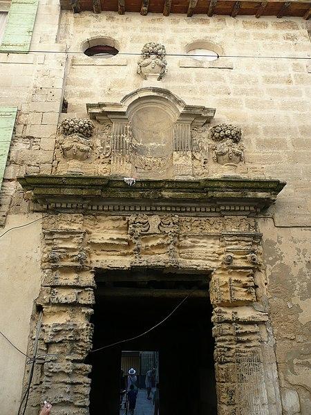 Photo du Monument Historique Immeuble, ancien couvent des Cordeliers situé à Beaucaire