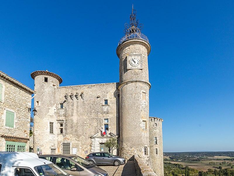 Photo du Monument Historique Château situé à Lussan