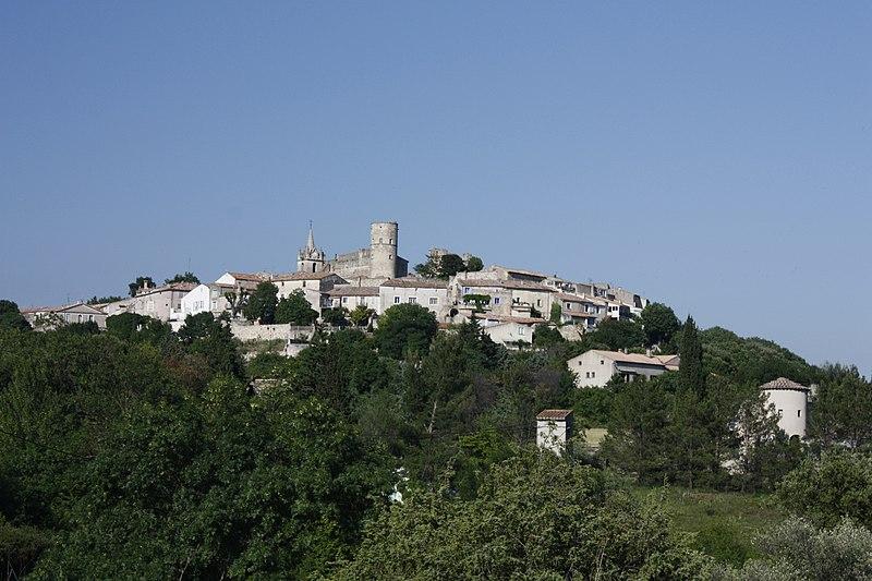 Photo du Monument Historique Château situé à Montpezat