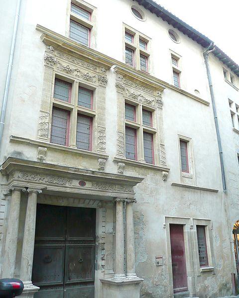 Photo du Monument Historique Hôtel dit le Presbytère de la la Cathédrale situé à Nîmes