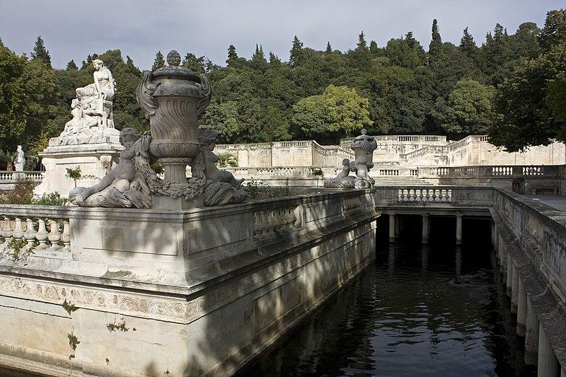 Photo du Monument Historique Jardin de la Fontaine situé à Nîmes