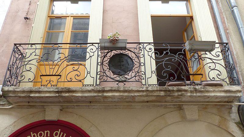 Photo du Monument Historique Maison situé à Nîmes