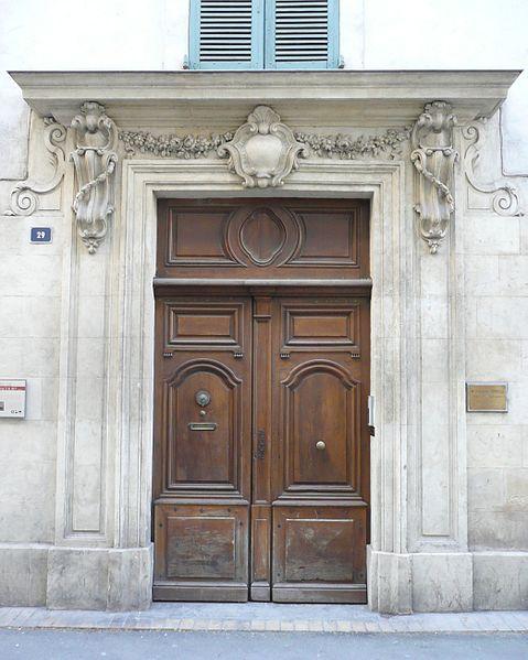 Photo du Monument Historique Maison, dite aussi hôtel de Balincourt situé à Nîmes