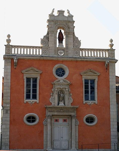 Photo du Monument Historique Ancienne chapelle des Pénitents situé à Pont-Saint-Esprit