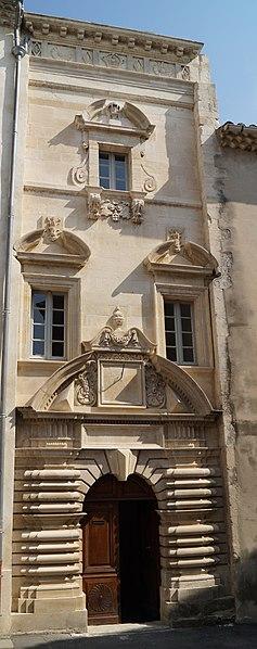 Photo du Monument Historique Hôtel de Roubin situé à Pont-Saint-Esprit