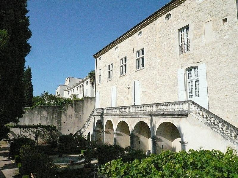 Photo du Monument Historique Hôtel de Piolenc, dit Maison des Chevaliers situé à Pont-Saint-Esprit