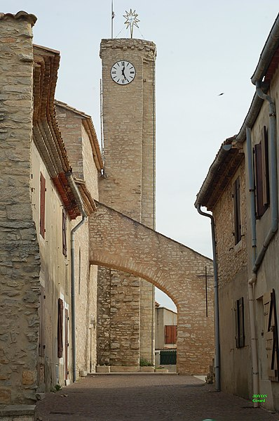 Photo du Monument Historique Eglise Saint-Michel situé à Poulx