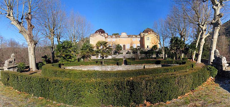 Photo du Monument Historique Château de Saint-Laurent-le-Minier situé à Saint-Laurent-le-Minier