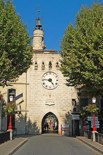 Photo du Monument Historique Beffroi situé à Sommières