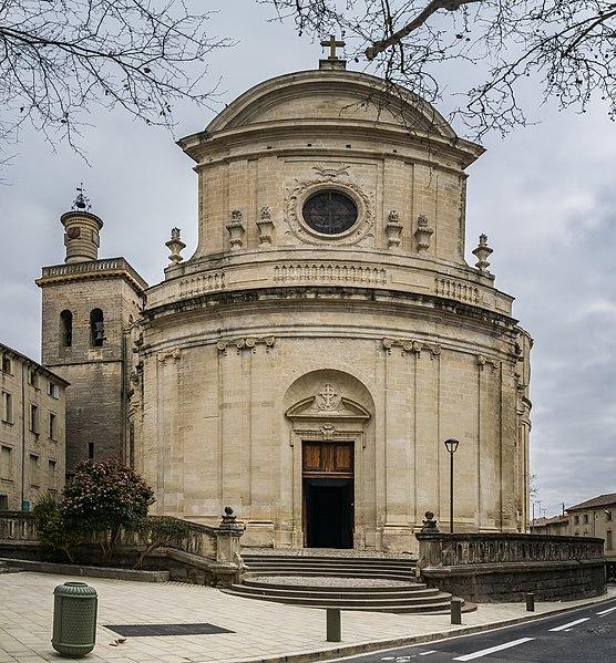 Photo du Monument Historique Eglise Saint-Etienne situé à Uzès