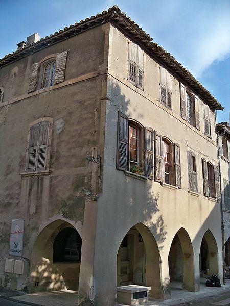 Photo du Monument Historique Maison situé à Villeneuve-lès-Avignon